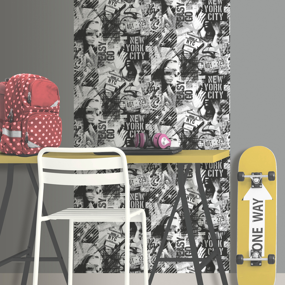 Modern Wallpaper American Graffiti 2 Black and White Muriva L06109 Roomshot